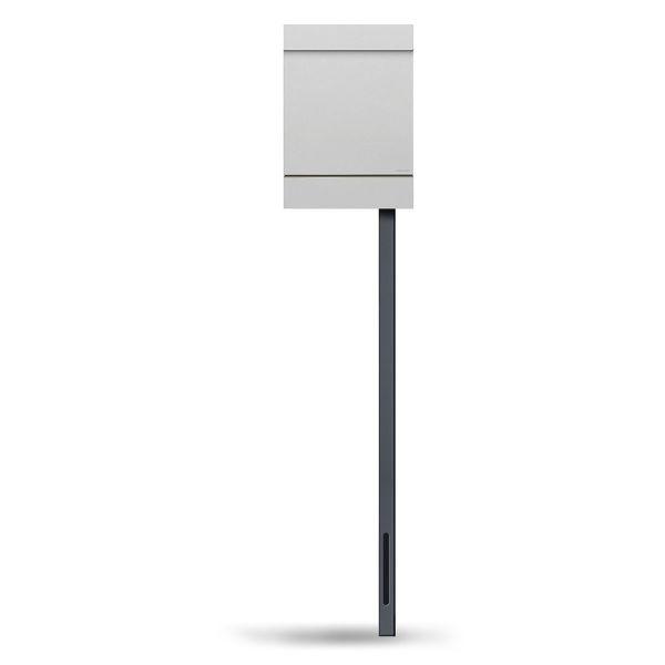 Standbriefkasten Letterman M in Weiß von Radius Design